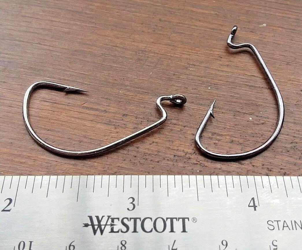 25ct 1/0 Worm Hooks EWG EXTRA WIDE GAP BLACK NICKEL OFF SET