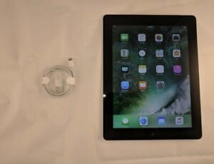 iPad 4. 32 GB for sale in great condition +USB