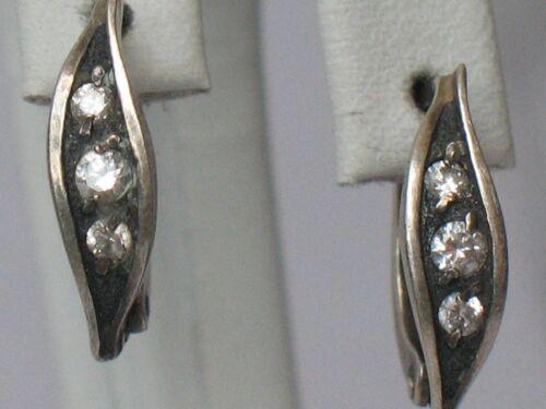 Ukraine Sterling 925 Silver Ag Earrings Soviet USSR Stone Fianit Flower Leaf old