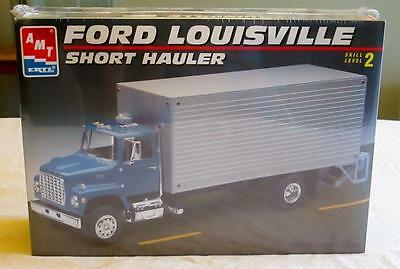 AMT Model Truck Car Kit Ford Louisville Short Hauler        New  Ertl 1/25 scale