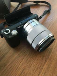 Sony NEX-5N Interchangeable Lens Camera