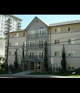 2 bedroom condo Downtown! 50% off first months rent