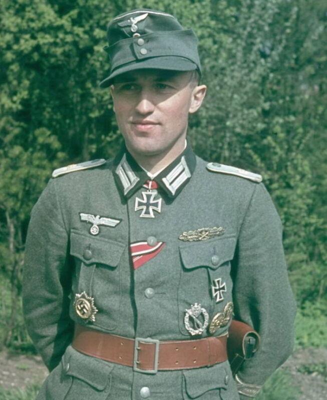 COLOR WWII Photo German Soldier Portrait World War Two Wehrmacht WW2 / 74FZ1
