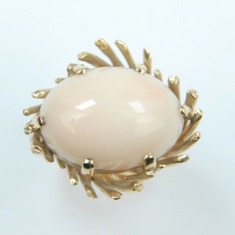 14k Magnificent Yellow Gold Vintage Angel Skin Coral Ring Size 6