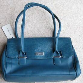 Teal Fiorelli Handbag, new not been used.