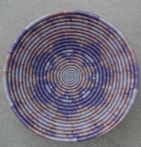 VINTAGE AFRICAN HAND COILED BASKET UNIQUE OF DESIGN AND BEAUTIFUL COLORS 1980