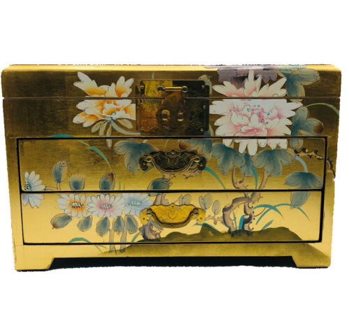 Vintage Large Chinese 24 k Gold Leaf Black Lacquer Wood 3 Area Jewelry Chest.