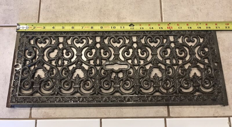 Antique Victorian Cast Iron Floor / Wall Grate