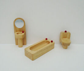 3 Piece Set of Dolls House Furniture