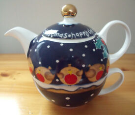HAPPY CHRISTMAS robins,holly & snow, Arthur Wood - Jeanne MacDougall all-in-one one cup teapot & cup