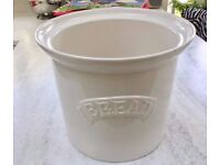 VINTAGE WHITE CERAMIC GLAZED BREAD BIN, KITCHEN STORAGE, OUTDOOR CONSERVATORY PLANT POT FEATURE