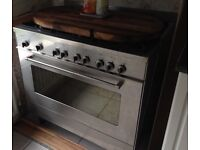 Silver cooker