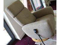 'Rom' Twist Electric Reclining Arm Chair, perfect condition never used.