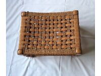 VINTAGE RETRO WICKER & RATTAN WEAVE WOOD FOOTSTOOL OR CHILDREN'S SEAT
