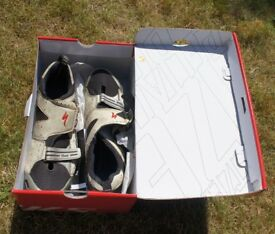 SPECIALIZED Mens BG TRIVENT TRIATHLON SHOE size UK12 used