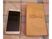 Samsung Galaxy S5 *UNLOCKED* (16GB) in Perfect Working Condition
