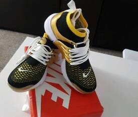 Nike Air Presto Mid Gold Size 6