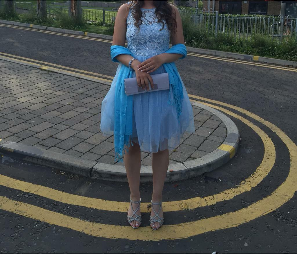BLUE PROM/ WEDDING STYLE DRESS SIZE 6