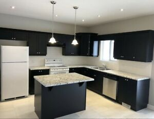 4 bedrooms brand new house for rent in Thorold