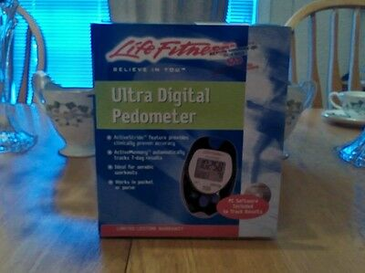 Life Fitness Ultra Digital Pedometer Active Stride Active Memory HJ-7201TLF  New