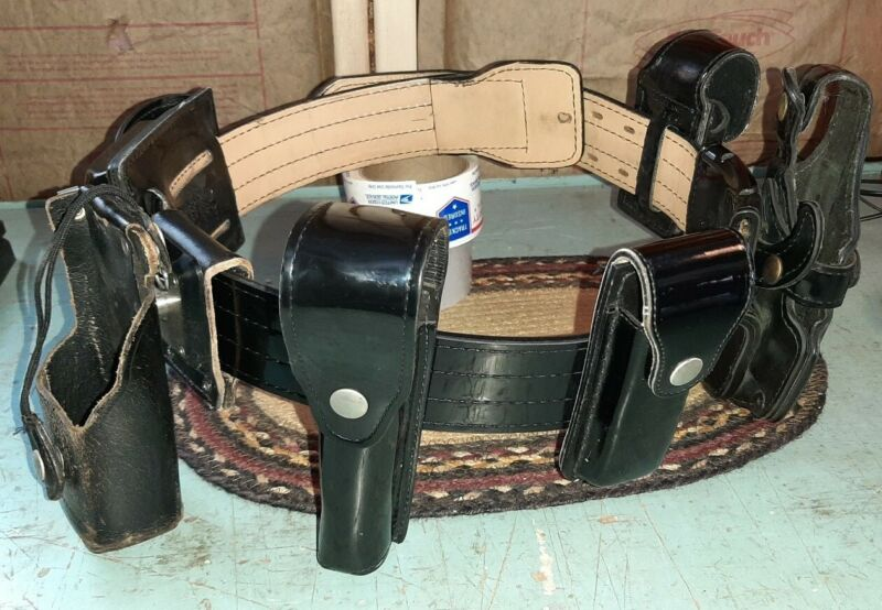 GOULD & GOODRICH Police Security Hunting 6 Holster Belt Size 36