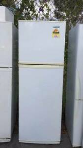 4.5 star 339 liter westinghouse fridge   it is good working order.   D