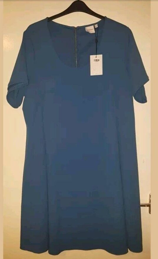 Ladies Juna Rose Dress Size XXL 24-26