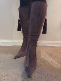 DESIGNER LEATHER KNEE HIGH BOOTS by PURA LOPEZ
