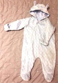 Snowsuit 0-3 months