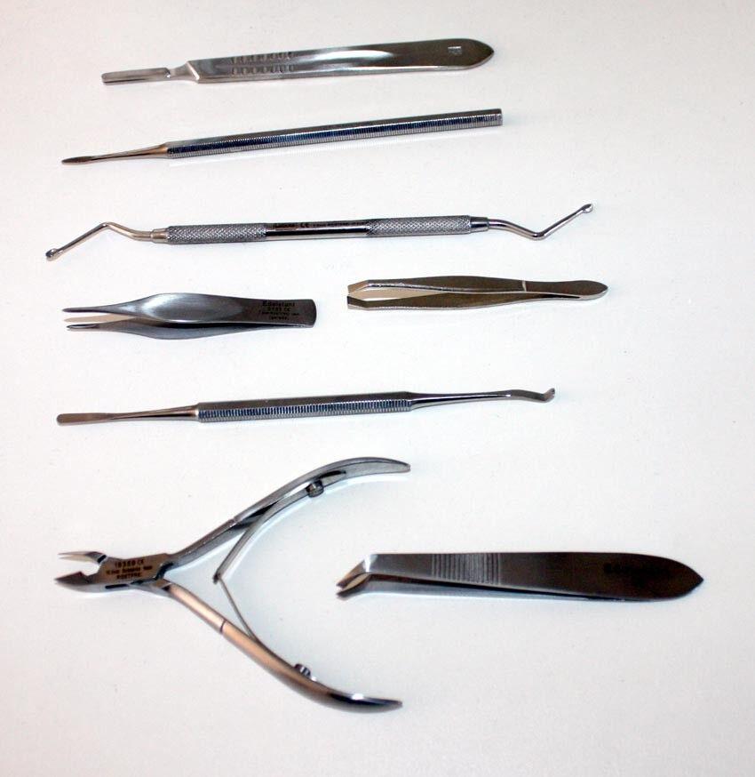 8-tlg. Fußpflege Kosmetik Set Hautzangen Doppelinstrumente Eckenfeile Pinzetten