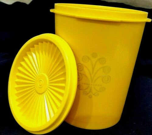 Vntg Tupperware Servalier Canister Daisy Lemon Yellow 5 cups 811 w Lid 812