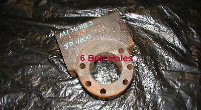 M136883 John Deere 4600 4600 4700 Left Hand Steering Cylinder Block