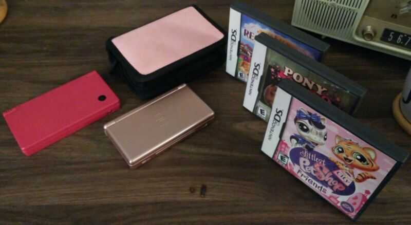 Nintendo DS Lite & DSi, Case, 3 Games, All Working & In Great Shape