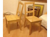 Set of 2 wood chairs