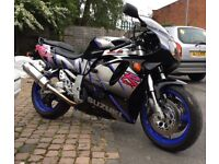 GSXR 750 LOW MILES CLASSIC