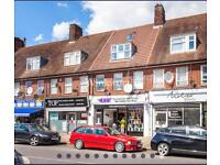 Very nice 2 bedroom flat, newly decorated with new carpet, near to everything