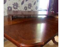 Extendable dining table free for collection