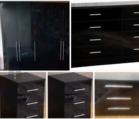 5 ITEMS BEDROOM FURNITURE. EXCELLENT CONDITION