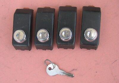 Thule 400 Tower Lock Covers Set of 4 With Locks  Key Works ALL LOCKS
