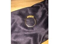 SOLID 18CT GOLD RING