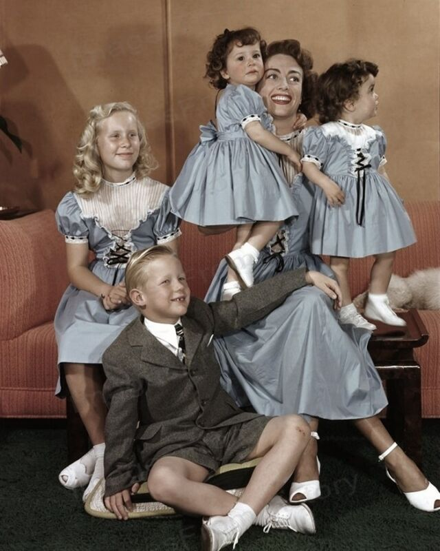 8x10 Print Joan Crawford with Her Four Children #JCFM