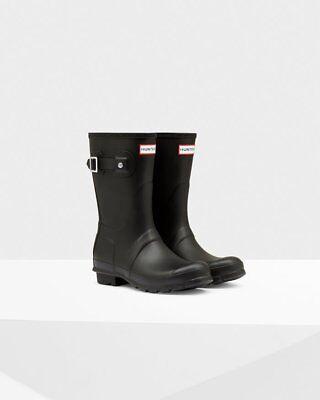 Hunter Women's Original Short Rain Boots: Black Matte. Size 8 ()