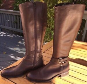 """""""GEOX""""LIKE NEW Stunning leather riding boots in chocolate brown."""