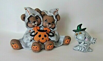 "Vtg 5"" Halloween Ceramic 2 Bears Holding Jack-o-lanterns Pumpkins & Crazy Ghost"