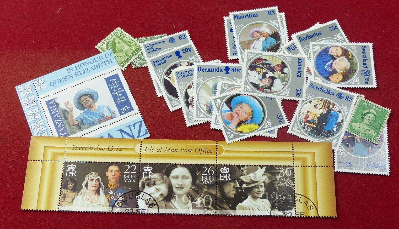 Thematic stamp packet: 25 Queen Mother stamps