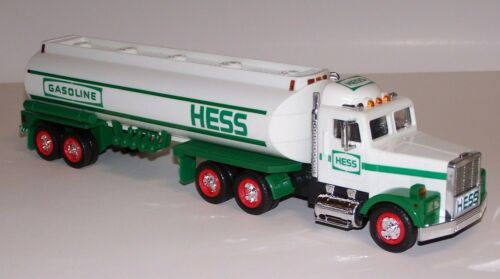 Hess Toy Tanker Truck Dual Sound Horn Back Up Alert Real Head Tail Lights 1990