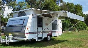 1999 MONARCH CRUSADER 16ft CARAVAN, ROLL OUT AWNING, AIRCON Deception Bay Caboolture Area Preview