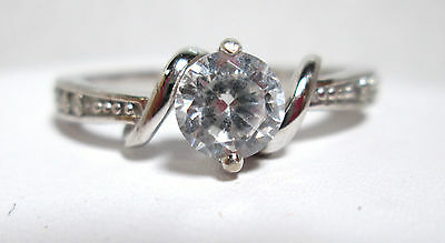 White Topaz Solitare Style Ring, Topaz Chip Accents, Sterling Silver Band Sz 8.5 ()