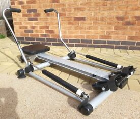 Carl Lewis compact and mobile Rowing Machine