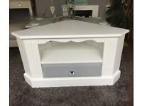 Lovely Shabby chic TV stand/unit/cabinet pine